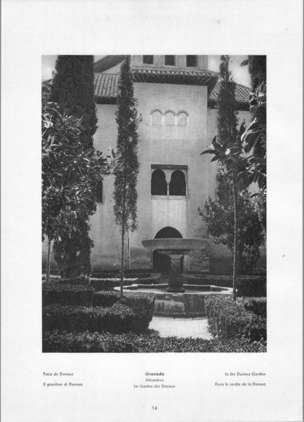 Photo 014: Granada Alhambra – In the Daraxa Garden