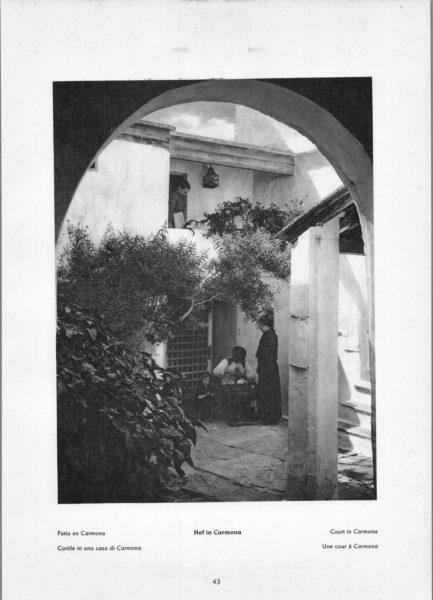 Photo 043: Carmona – Court in Carmona