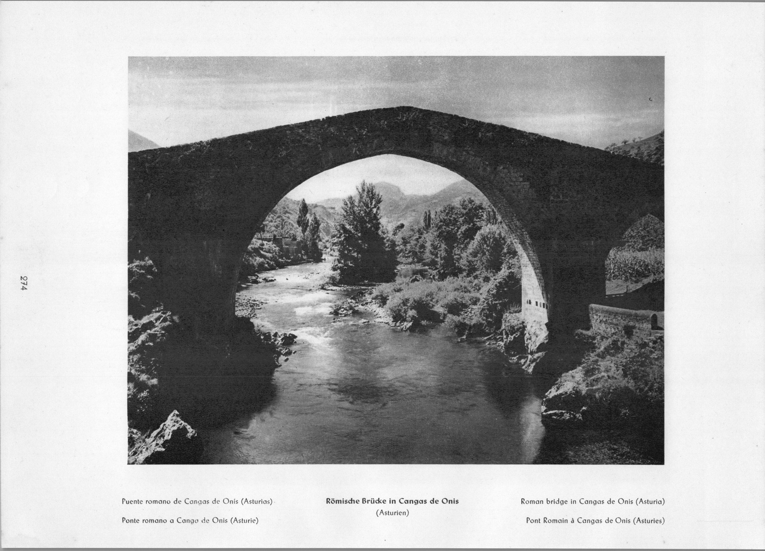 Asturias Cangas de Onis - Puente romano